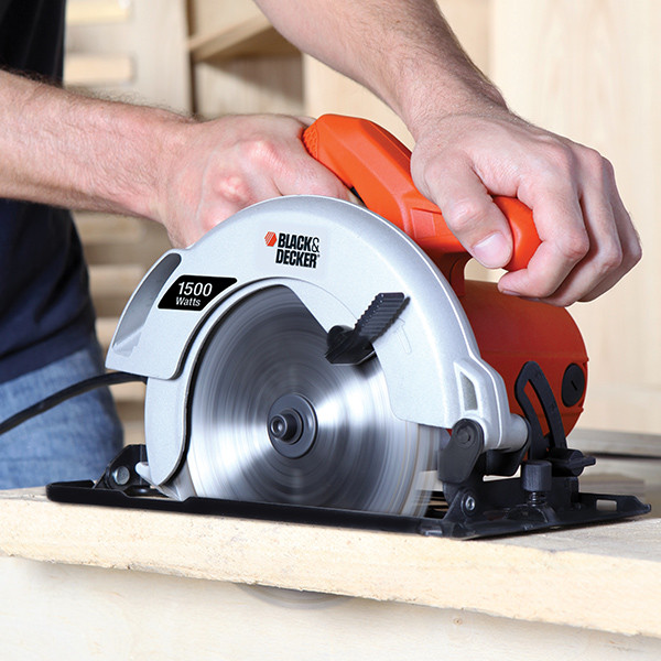 Serra circular Black&Decker CS1024